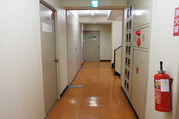有料自習室鶴見店 エレベーターホール