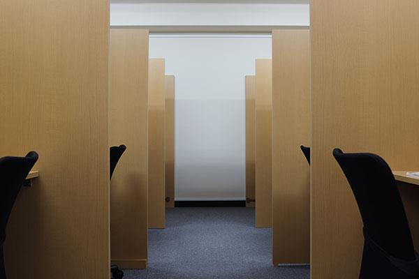 自習室鶴見室内2